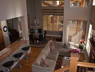 Beautiful 3 Bedroom Condo Walk To River Run Ski Lifts Or Downtown Ketchum