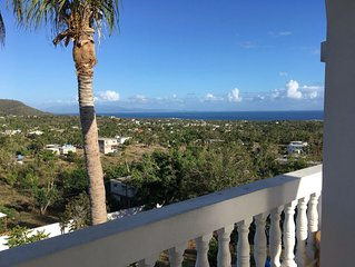 Casa Anonna - Enjoy Panoramic Views and Cooling Breezes