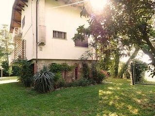 Montignoso: Casa con giardino
