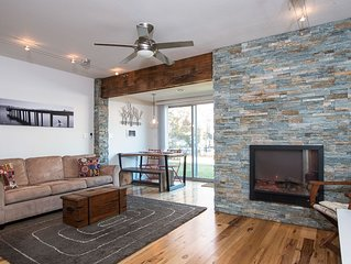 Modern studio condo with eco-friendly accents — walk to the beach, shopping and