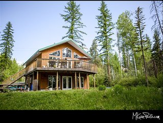 Escape Away, 2 BBQ, Dog Stays Free! Lake Front Cottage Cranbrook BC