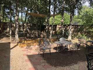Central Entertainment home -7 Minutes Downtown/Airport,15 min Zilker, 10 min F1