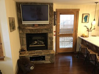 Remodeled Cozy and Comfortable Condo at Nortstar with great view and Ski in/out