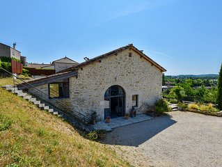 Splendid Holiday Home in Espere France with Private Pool