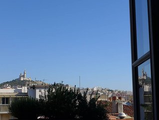 Beautiful 2-room Flat in central Panier-Old Port :Splendid View.Cosy, historical