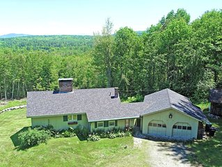Large Secluded home with Mountain Views. Close to Skiing, Snowmobile, Hiking