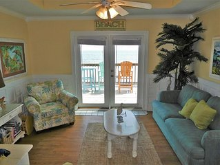Gulf Front Condo, Large Balcony, 16 steps to the beach