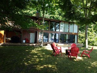 Private Suttons Bay Waterfront Home with Wi-Fi, Central Air, Near Traverse City