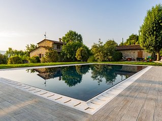 Apartment in villa with pool at walking distance from Todi center