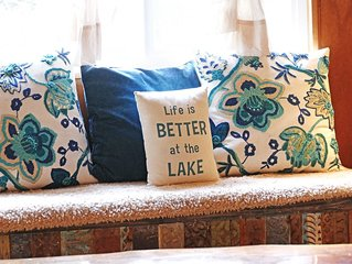 Renovated Rustic Chic. Drive or walk to the lake.*Master suite also available*