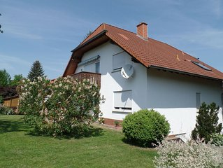 Lovely quietly situated house with many options for the nature lovers.