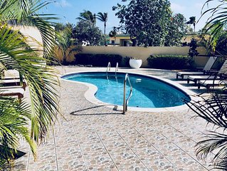 Make this your best vacation ever! Spacious house, Private pool  Walk to beach!