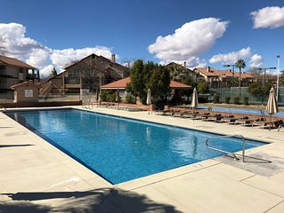 Beautiful Condo, Granite Kitchen, Vaults, close to Zion's, Tuacahn, Bike Trails