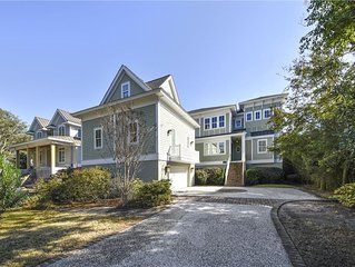 Oceanfront w/ Large Deck, Private Pool, Pool Table! Ask how to save 15-25%!