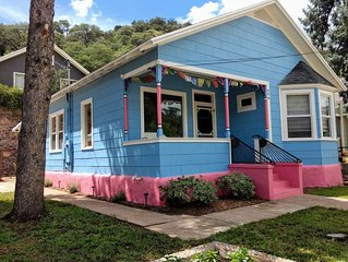Minerva's Rest is an upscale 2 BR bungalow in Old Bisbee Arizona