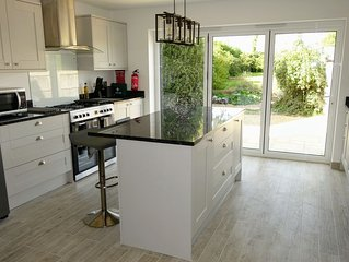Newly Renovated Period Cottage Close To New Forest