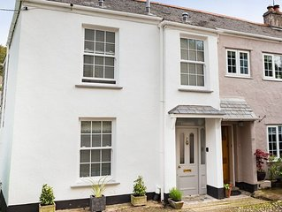A newly refurbished two bedroom cottage in the heart of Flushing village