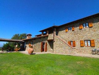 Appartamento a piano terra sito in agriturismo nella vallata del Valdarno. Pisci