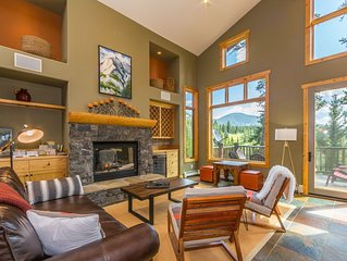 *Flexible Cancellation* Your Base to Yellowstone- Views, Large Deck & Hot Tub!
