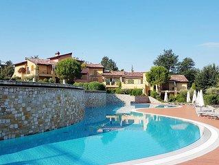 Borgo del Torchio, F1, 3 BDR apartment, sleep 6+2 people
