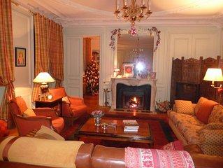 Spacious Classic 1 Bedroom Apartment in the Heart of Paris