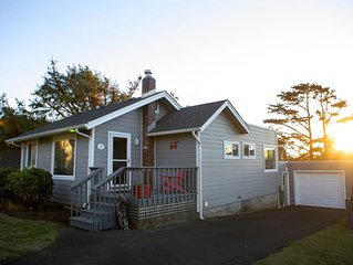 Charming Cannon Beach Cottage- Perfect Family Getaway near the beach!