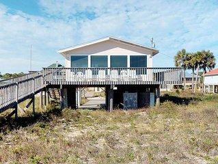 FREE BEACH GEAR! Beachfront, Gulf Beaches, Private Boardwalk, Wi-Fi, 3BR/2BA 'Sa
