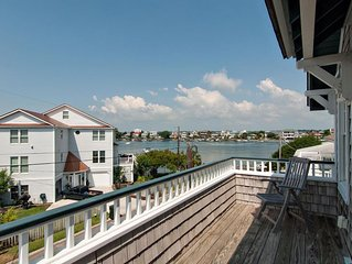 Great single family home just steps from the sound- 2 short blocks to ocean