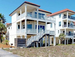 FREE BEACH GEAR! Beachfront, Pets OK, Hot Tub, Fireplace, 5BR/4BA 'Sea Forever'