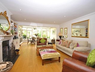 4 Chartwell Mews -  a town house that sleeps 7 guests  in 4 bedrooms