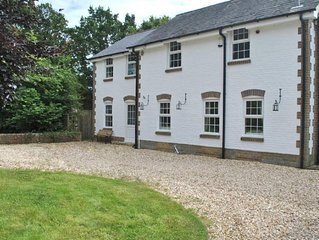 West Mount Cottage -  an annexe that sleeps 4 guests  in 2 bedrooms