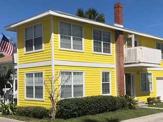 Beautiful and Cozy 2 BR Just Steps From The Ocean!