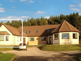 Less than 10 minutes drive from the city centre, Inverness country apartment