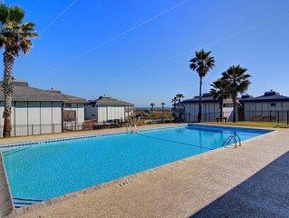 2/2 condo in Gulf Front complex Beachhead, community access to play area
