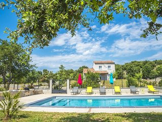 Fully air conditioned villa with private pool in quiet