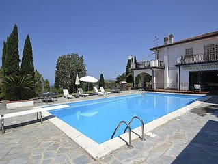Villa Calipso is a pleasant and spacious apartment that covers the entire groun