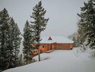 Evergreen Mountain Home ~ Centrally Located ~ Panoramic Views ~ Fun Amenities