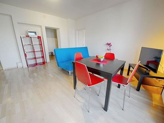 ZH Botteron - Stauffacher HITrental Apartment