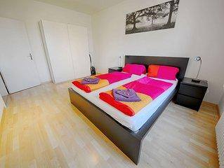 ZH Kuhn - Stauffacher HITrental Apartment