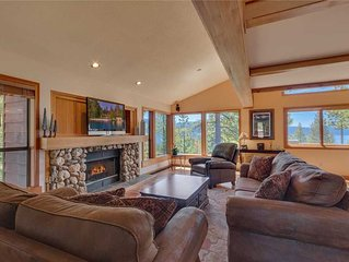 Incredible Price!! Large Theater Room, Filtered Lakeviews, Hot Tub, HOA Beach
