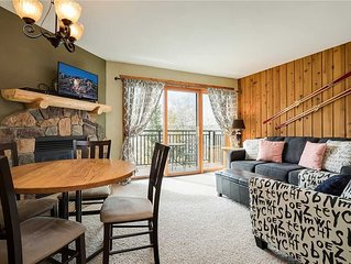 Nicely Updated, Beautiful Setting, with Pool Access & Winter Shuttle Service!
