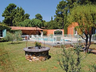 3 bedroom accommodation in Roussillon