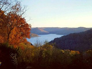 Amazing Hand Crafted Lake-view House On Center Hill Lk & Mts *2Masters
