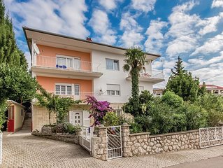 2 bedroom accommodation in Crikvenica
