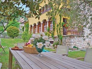 4 bedroom accommodation in Bogliaco BS