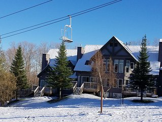 4 Bedroom Slopeside Townhouse -  6 Ski passes included each day!!