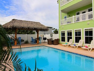 DISCOUNTED RATE FOR SMALL GROUPS 6 or LESS, FALL SPECIALS!! POOL, VIEWS, BEACH !