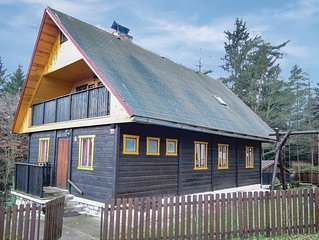 4 bedroom accommodation in Jetrichovice