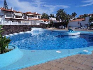 Villa Centrica con piscina y wifi
