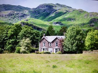 Beautiful Victorian Lakeland Stone House in stunning surroundings Sleeps 10